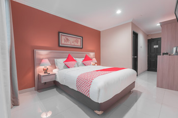 OYO 534 Sriwijaya Hotel Jakarta - Standard Double Room Regular Plan