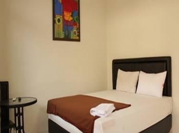 Bantal Guling Gatsu Bandung - Double Superior AC Room Only*