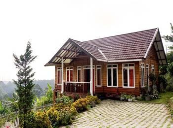 Villa Wood Istana Bunga - Lembang Bandung