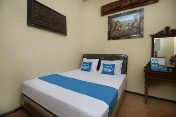 Airy Syariah Manunggal Kebonsari 9A Surabaya Surabaya -  Standard Double Room With Breakfast Regular Plan