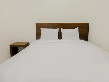 Semampir Residence Surabaya - Standard Double Room Regular Plan
