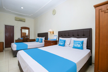 Airy Alun Alun Kejaksaan Siliwangi 108 Cirebon - Suite Double Room with Breakfast Special Promo 5