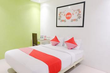 OYO 667 Demilo Inn Malang - Standard Double Room Regular Plan
