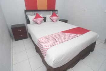 OYO 239 Hotel Star 88 Yogyakarta - Suite Family Regular Plan