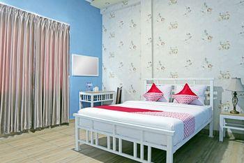 OYO 1386 Hotel Grand Gabelo Agam - Standard Double Room Regular Plan