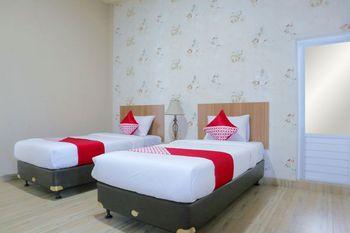 OYO 1386 Hotel Grand Gabelo Agam - Standard Twin Room Regular Plan