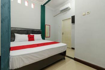 RedDoorz @ Pondok Gede Bekasi - RedDoorz Room 24 Hours Deal