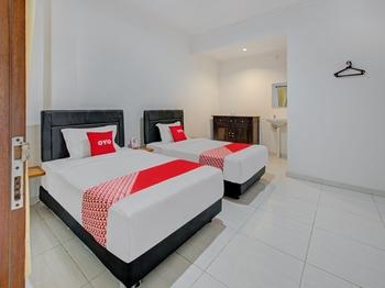 OYO 2463 Bali Balangan Hotel Bali - Standard Twin Room Regular Plan