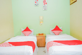 OYO 479 Casa Beach Hotel Belitung - Standard Twin Room Regular Plan