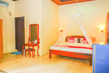 OYO 479 Casa Beach Hotel Belitung - Suite Double Regular Plan