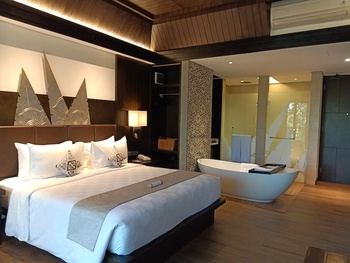 The Vira Hotel Bali - Junior Suite Regular Plan