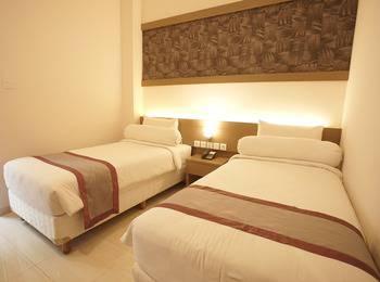 Viva Hotel Kediri - Superior 2 Ranjang Hanya Kamar Saja SUPERIOR DEAL