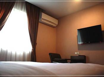 Sulthan Darussalam Hotel Medan - Deluxe Room Only Regular Plan