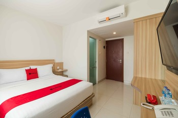 RedDoorz Apartment @ Padina Soho and Residence Tangerang - RedDoorz Room Basic Deal