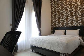 OYO 1185 Sachila Residence Syariah