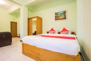 OYO 1419 Rhona Guest House Syariah Near RSUD Kota Yogyakarta Yogyakarta - Suite Double Regular Plan