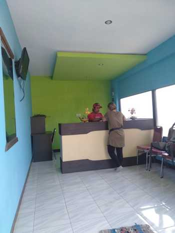 Puri Made 2 Homestay Banyuwangi - Twin Bad AC Regular Plan