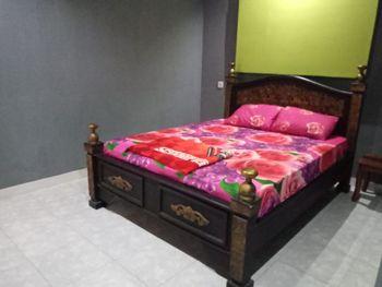 Puri Made 2 Homestay Banyuwangi - Deluxe Room  Regular Plan