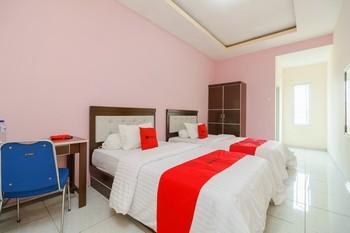 RedDoorz Syariah near Simpang Sekip Palembang Palembang - RedDoorz Twin Room Best Deal
