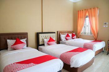 OYO 1156 Fanybella Homestay Pekanbaru - Suite Family Regular Plan