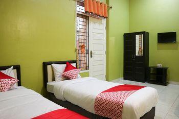 OYO 1156 Fanybella Homestay Pekanbaru - Standard Twin Room Regular Plan