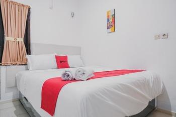 RedDoorz near Jalan Soeprapto Bengkulu Bengkulu - RedDoorz Room Basic Deal