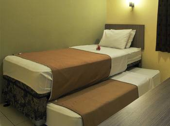 Cassadua Hotel Bandung - Standard (AC) 1 Bunk Bed Room Only Regular Plan