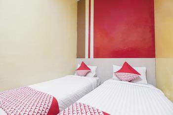 OYO 500 Nilam Residence Makassar - Standard Twin  Room Regular Plan
