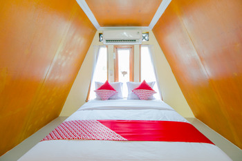 OYO 921 Hotel Ratu Pantai Sukabumi - Suite Family Regular Plan