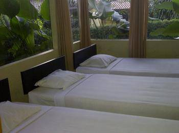 Hotel Lembah Safari Cisarua Bogor - Bungalow 3 Bedrooms Regular Plan
