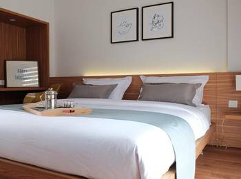 FLAT06. Tendean Jakarta - Superior Room Only Regular Plan