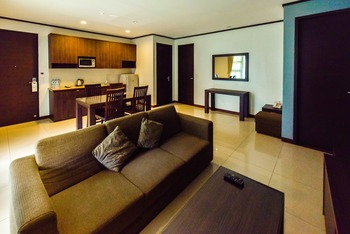 Summer Hill Private Villas & Family Hotel Bandung - 3 Bedrooms Residential Suite Villa Room Only Basic Deal 20% OFF!