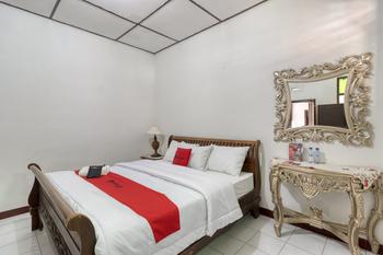 RedDoorz Syariah Near Wijilan 2 Yogyakarta Yogyakarta - RedDoorz Superior Room Basic Deal