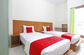 RedDoorz @ Turanggasari Yogyakarta - RedDoorz Twin Room Last Minute