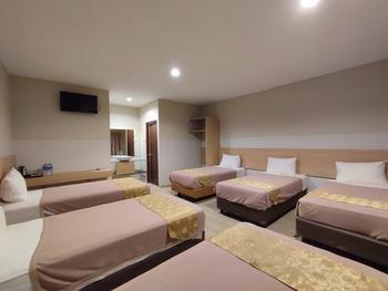 Green Forest Bogor Resort & Villa Bogor - Villa 6 Bedroom Room Only Last Minute Deals