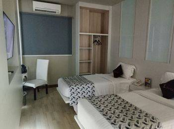 The L Hotel Entertainment Batam - Superior Twin Room Only Regular Plan