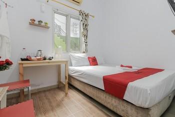 RedDoorz Plus near Budi Luhur University Jakarta Tangerang - RedDoorz Room 24 Hours Deal