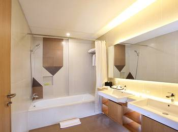 Swiss-Belhotel Pondok Indah - Deluxe Room Twin Regular Plan