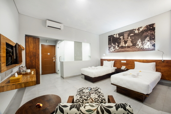 Fourteen Roses Hotel Bali - Modern Deluxe Room Only Limited Times Deals 2