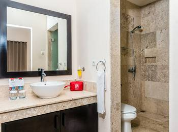 ZenRooms Legian Nakula 1 - Double Room Only Regular Plan