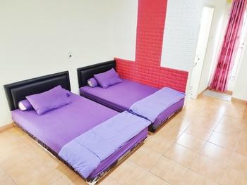 Radio Backpacker Guesthouse Bandung - Twin Room Regular Plan