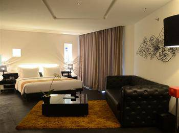 Fontana Hotel Bali a PHM Collection Bali - Suite Room with Breakfast Non Refundable Basic Deal