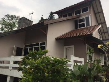 Moonstones Villa