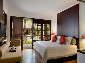 Segara Hotel Bali - The Segara @ Village 2 with Breakfast Regular Plan