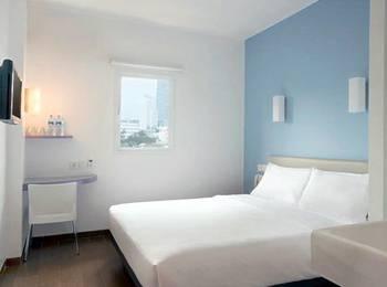 Hotel Amaris Senen - Smart Room Queen Special Promo Save 8 %