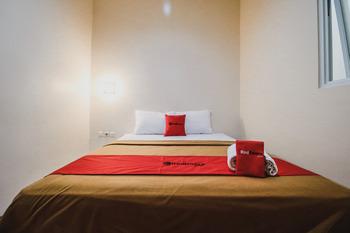 RedDoorz @ Pandu Raya Bogor Bogor - RedDoorz Room with Breakfast KETUPAT