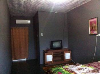 Beach Corner Pangandaran - Standard Room With Breakfast Regular Plan