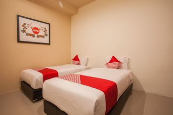 OYO 849 Palem Mas Garden Medan - Deluxe Twin Room Regular Plan