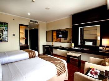 Ros In Hotel Yogyakarta - DELUXE - with Breakfast Regular Plan