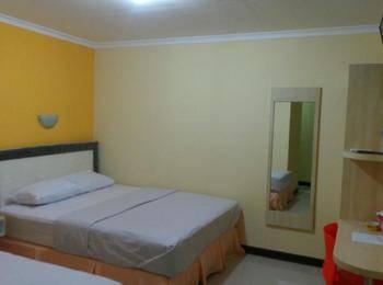 Galaxy Guest House Surabaya - Kamar Keluarga Regular Plan